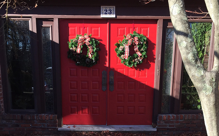 wreath-doors-banner